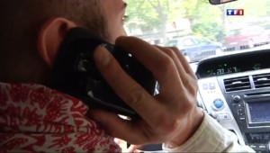 Le 20 heures du 29 avril 2014 : Le portable au volant, une mauvaise habitude - 499.551