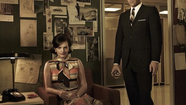 Mad Men - Saison 5. Série créée par Matthew Weiner en 2007. Avec : Jon Hamm, Elisabeth Moss, Vincent Kartheiser et January Jones