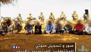 C'est Al Qaïda au Maghreb islamique qui détient cinq otages français enlevés au Niger.