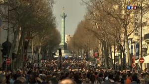 Marche silencieuse à Paris contre le racisme et l'antisémitisme