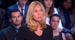 Karine Charbonnier dans En Direct avec les Français face à François Hollande