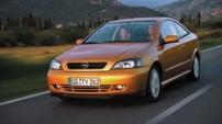 OPEL Astra Coupe 2.2i 16V Linea Rossa A - 2002
