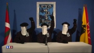 """Une enquête judiciaire ouverte contre l'ETA pour """"crimes contre l'humanité"""""""