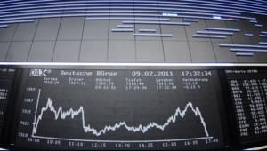 Les cours des Bourses mondiales dévissent depuis le 1er août 2011.