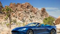 Aston Martin Vanquish Volante, version découvrable au moteur V12 573 ch lancée fin 2013 au prix de 264.990 euros.