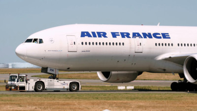 Un avion Air France devant le terminal 1 de Roissy (illustration)