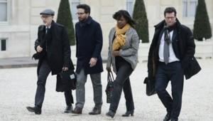 Les représentants des familles de victimes du 13 novembre reçus à l'Élysée ce lundi.