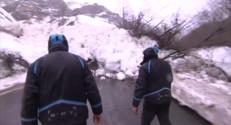 Le 20 heures du 26 février 2015 : Dans les Pyrénées, les avalanches compliquent l'accès aux stations - 342.797
