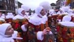 Le carnaval de Binche, avec ses Gilles et ses oranges