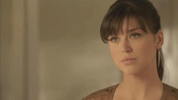 Wonder Woman (2011), un pilote WB de David E. Kelley avec Adrianne Palicki, Cary Elwes, Elizabeth Hurley
