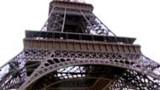Mort en sautant de la Tour Eiffel