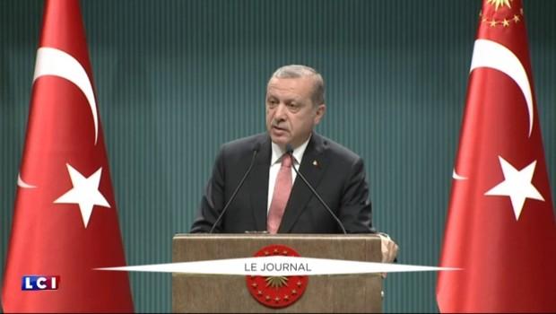Dérive autoritaire en Turquie : Erdogan instaure l'état d'urgence