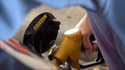 Le 20 heures du 26 septembre 2014 : Hausse de la taxe sur le diesel, une mesure risqu�politiquement - 611.871
