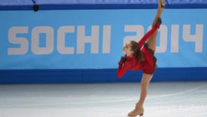 Yulia Lipnitskaya, médaillée d'or olympique lors de l'épreuve par équipes des JO de Sotchi, le 9 février 2014.