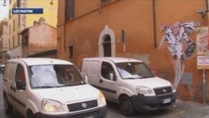 Un graffiti représentant le pape François en Superman, à Rome.