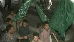 TF1-LCI : Manifestation de musulmans contre les propos du pape à Gaza, le 15 septembre