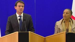 """""""La Corse n'est pas un territoire à part"""", a rappelé le ministre de l'Intérieur Manuel Valls lors d'une conférence de presse avec la garde des Sceaux Christiane Taubira jeudi à Ajaccio."""