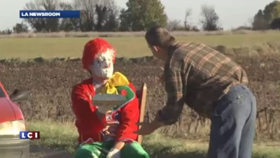 Halloween : Rémi Gaillard se fait clown entarteur