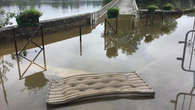 La décrue commence à Samois-sur-Seine en Seine-et-Marne dimanche 5 juin.