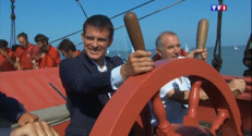 Le 13 heures du 29 août 2015 : PS : avant La Rochelle, Manuel Valls accueille la réplique de l'Hermione - 621