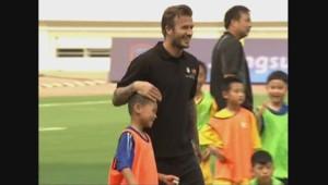 David Beckham en Chine dans son rôle d'ambassadeur du football dans le pays.