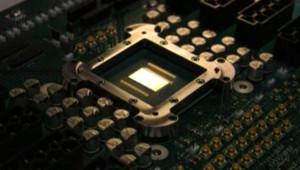 TF1/LCI Intel écrit l'avenir de nos PC en teraflop (20 février 2007)