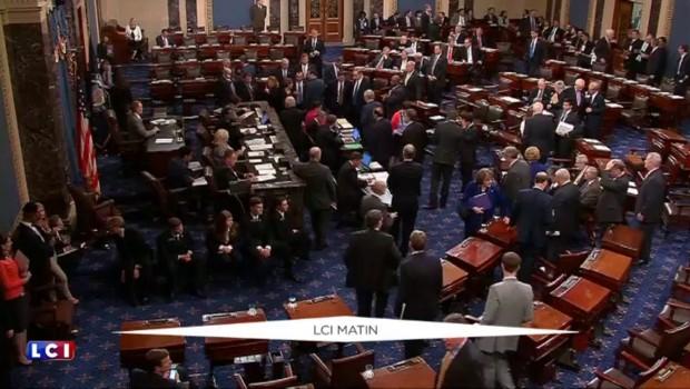 Etats-Unis : après la mort d'un juge de la Cour suprême, bataille entre Obama et les républicains