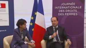 François Hollande aux côtés de Najat Vallaud-Belkacem, à l'occasion de la Journée de la femme.