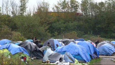 Le 20 heures du 24 octobre 2014 : Migrants �alais : le Royaume-Uni, v�table eldorado ? - 1179.1744412231446