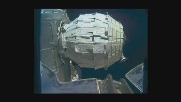 Les images du déploiement de la toute première capsule gonflable de la Nasa sur l'ISS