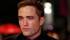 Robert Pattinson à Cannes le 19 mai 2014 lors de la montée des marches Maps to the Stars