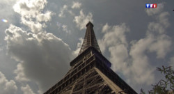 Le 13 heures du 6 août 2014 : Travaux de maintenance sur l%u2019antenne de la Tour Eiffel : visite guid�des lieux - 739.293