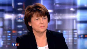 Martine Aubry sur le plateau du journal de TF1 en novembre 2010.