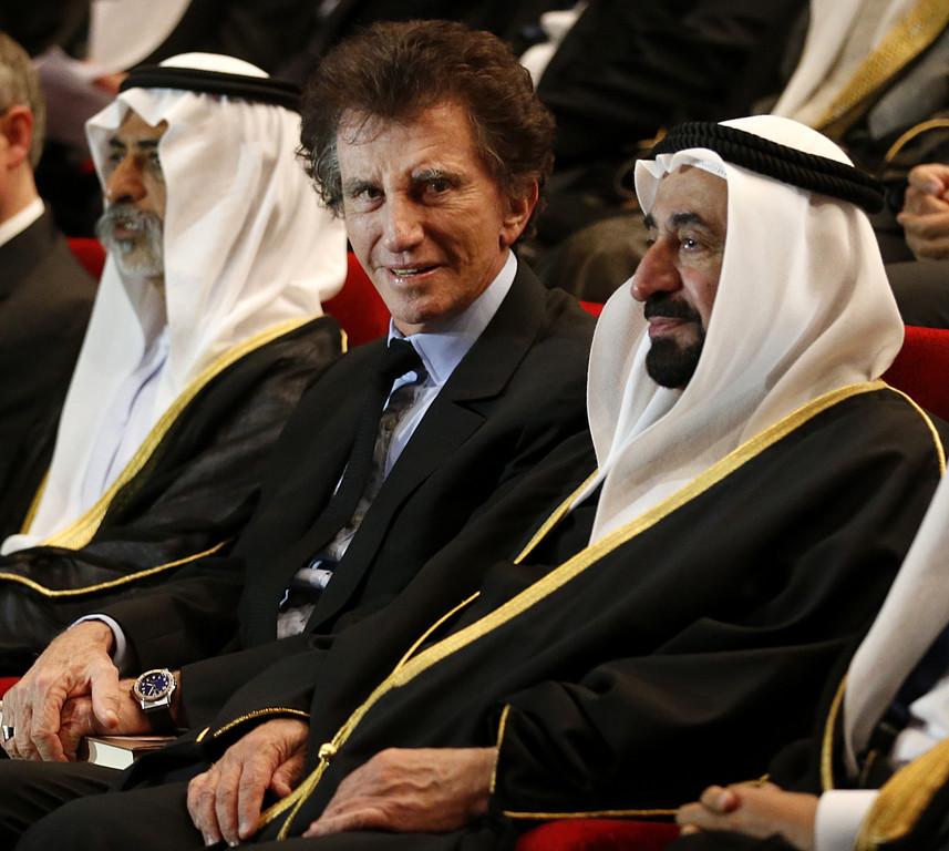 http://s.tf1.fr/mmdia/i/71/0/jack-lang-actuel-president-de-l-institut-du-monde-arabe-11039710kkjfg.jpg?v=1
