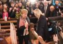 L'opération séduction de Marine Le Pen au Salon de l'agriculture