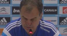 Marcelo Bielsa en conférence de presse.