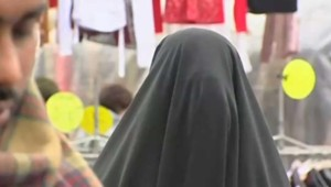 burqa, voile intégral porté par certaines femmes musulmanes
