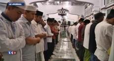 Hommages aux victimes du tsunami de 2004 dans l'océan Indien
