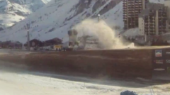 Guerlain Chicherit insolite saut crash accident record Tignes