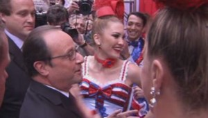 New York : la rencontre entre Hollande et les danseuses du Moulin Rouge (28/09)
