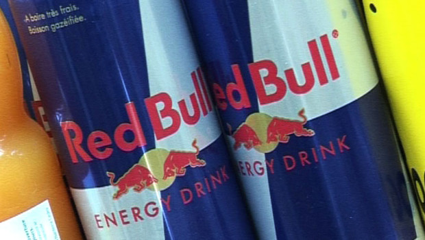 Une canette de Red Bull.
