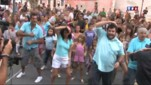 Flashmob de la danse culte de Camping Paradis