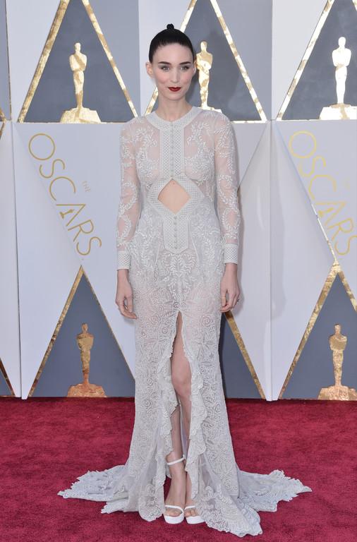 Rooney Mara sur le tapis rouge des Oscars 2016