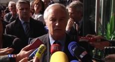 """Hausse du chômage en mars : """"Nous devons nous battre"""", affirme François Hollande"""
