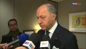 """Le 20 heures du 3 mars 2014 : Fabius : si la Russie persiste, """"les ponts seront coup� - 597.0530000000001"""