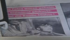 mèche de John Lennon vendue 31.000 euros