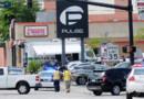 Des policiers devant la boîte gay où a eu lieu la tuerie, à Orlando