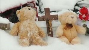 L'Amérique rend hommage à Tyler, un enfant de 8 ans qui a sauvé six des huit membres de sa famille avant de mourir.