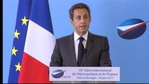 Nicolas Sarkozy au salon du bourget en 2011