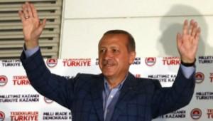 Recep Erdogan échange son costume de Premier ministre pour celui de président de la Turquie